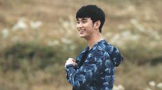 리얼 김수현 (@LovelyChun6002) | Twitter Poster Boys, Ideal Man, Character Aesthetic, Korean Actors, Kdrama, Men Casual, Singer, Couple Photos, Mens Tops
