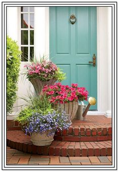 Gardening Supplies Nearby this Gardening Tips For Beginners Australia between Ga. - Garden Care tips, Garden ideas,Garden design, Organic Garden Front Porch Planters, Outdoor Planters, Fall Planters, Potted Plants Patio, Front Porch Flowers, Front Yard Decor, Potted Garden, Planting Plants, Ivy Plants