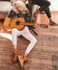 🎸Rock chick or not, this pair of spring booties will certainly offer new vibes to your style! Rock Chick, Every Woman, Ugg Australia, White Jeans, Uggs, Taupe, Bootie Boots, Your Style, Booty