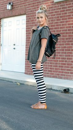 CL: basic striped leggings on sale i want these soooooooo bad Look Fashion, Autumn Fashion, Pretty Outfits, Cute Outfits, Cara Loren, Striped Leggings, Stripe Pants, White Leggings, Swagg