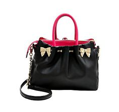 IN A PINCH SATCHEL WITH CHARGER: Betsey Johnson