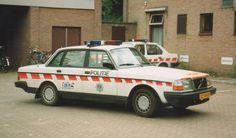 Volvo 240 | Dutch Politie