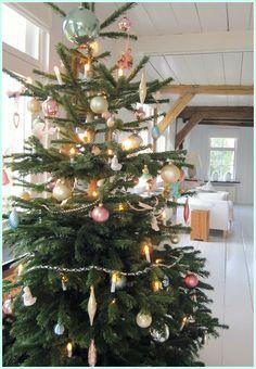 ornament colours