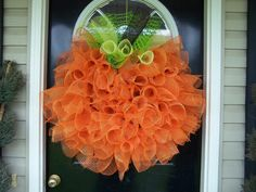 pumpkin door wreath.