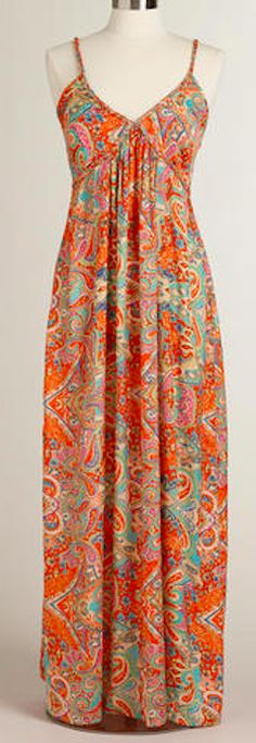 Such a pretty maxi dress - on sale for only $26! http://rstyle.me/n/ip2uznyg6