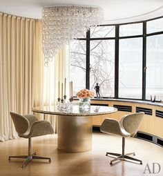 Claire Weiss Jewel Box PIED-À-TERRE in New York ~ Architect Steven Harris and Designer Lucien Rees Roberts