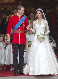 Kate Middleton Photos - Royal Wedding: The Carriage Ride - Zimbio