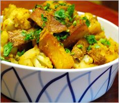 Aloo Gobi (Cauliflower with Potatoes)