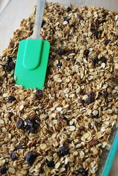 Applesauce Granola - use applesauce instead of oil for a crunchy but low fat granola! Delicious!