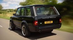 The Range Rover Chieftain Is a Classic with a Cadillac CTS-V's Engine Range Rovers, Range Rover Sport, Range Rover Off Road, Defender Suv, Land Rover Defender, Range Rover Classic, 4x4, V Engine, Cadillac Cts V