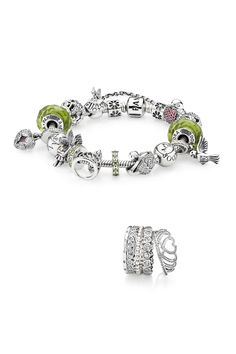 Through forests filled with delightful creatures, the sweet songs of birds guide the way. As the mist settles, a magnificent kingdom appears, whispering tales of love and legend. #PANDORA #PANDORAbracelet #PANDORAring