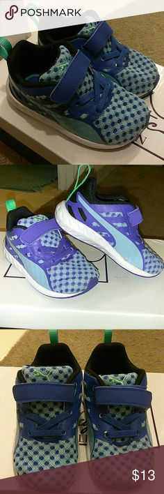 Puma sneakers Unisex Puma sneakers Size 6c  In great condition Really pretty blue color puma Shoes Sneakers