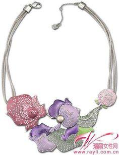 romantic flower necklace alice in wonderland