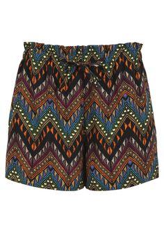 http://bikbok.com/no/Categories/Collection/Shorts/PS-Flowie/p/7137735-000-Ass