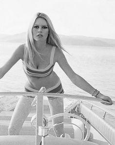 61 best bardot images female actresses french actress bridget bardot 2002 Caravelle Boats jane birkin brigitte bardot bridget bardot catherine deneuve riva boat style
