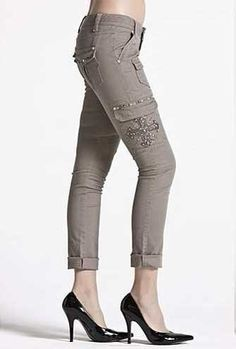 Miss Me Capris CP1270 Khaki 28L 26 (2/4) with Cross with Crystals on Cargo Pockets at Amazon Women's Clothing store: Pants