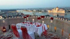 Az én eljegyzésem a világ legszebb városában és a kedvenc helyemen :-) Drágám nagyon romantikus és kreatív volt:-) Nagyon szeretlek! Budapest, Halászbástya 2013.07.10.