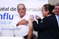 Rebasa Salud metas de vacunación y coloca a Chihuahua a la vanguardia nacional  --Como nunca antes abre licitación para comprar medicamentos y materiales de curación por 1,186 millones de pesos; compiten 43 empresas   #100DíasGobiernoHonesto #GobiernoTransversal #GobiernodeChihuahua #Chihuahuamx #Cuu