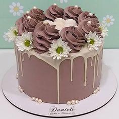 Macarons, 1, Cakes, Desserts, Instagram, Food, Cupcake, Glass Display Case, Deserts