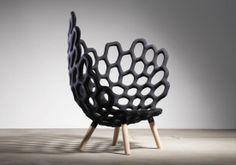Basé à Berlin, le Studio Hausen vient de dévoiler un fauteuil intéressant sur le principe de l'endosquelette.
