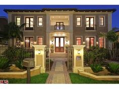 614 N Palm Dr  Beverly Hills, CA 90210 5 bed / 9 full bath 8,457 sqft Single-Family Home