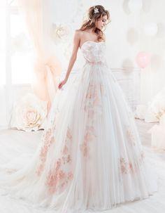Featured Wedding Dress: Nicole Spose Colet Collection; www.nicolespose.it/en; Wedding dress idea.