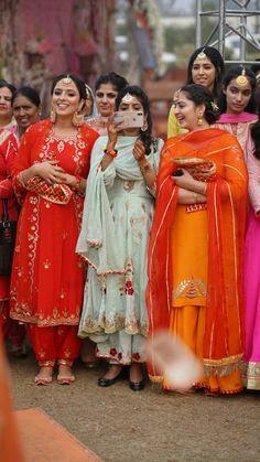 Image may contain: 6 people, people standing Punjabi Wedding Suit, Punjabi Suits Party Wear, Punjabi Salwar Suits, Party Wear Indian Dresses, Designer Party Wear Dresses, Wedding Suits, Salwar Kameez, Kurti, Punjabi Bride