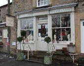 Derbyshire: Vintage Living by Sarah Copley, Baslow