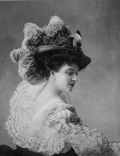 Beautiful Paris Fashion from the 1900s