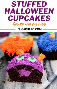 These Stuffed Halloween Cupcakes are so fun and easy for all ages! You can decorate them as spooky a Halloween Desserts, Halloween Cupcakes Easy, Halloween Cookies, Halloween Treats, Easy Halloween, Cupcake Frosting Tips, Cupcake Recipes, Cupcake Cakes, Dessert Party