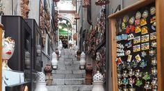 Vale a pena ficar um dia em Taormina? Sim, vale e como. Confira como chegar e o que ver na cidadezinha mais famosa e badalada da Sicília.