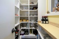 Traditional Pantry with Easy Track 2179-10 Closet Shelves RS1423, Built-in bookshelf, Paint1, Carpet, High ceiling