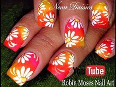 DIY Neon Daisy Nails | Hot Flower Nail Art Design Tutorial | Nail-art by Robin Moses | Bloglovin'
