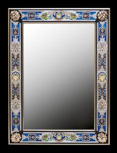 Mirroir, Marqueterie sur verre. Creation Sylvain Bulot.  Pour ce type de création, la marqueterie, qu'elle soit en bois ou en métal (marqueterie Boulle) s'incruste parfaitement dans l'écrin de verre qui la sublimera...