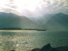 Sul versante bergamasco del Lago d'Iseo, all'altezza del Lido Nettuno di Sarnico, è stato recuperato questa mattina il cadavere di un uomo http://tuttacronaca.wordpress.com/2013/09/15/il-lago-diseo-si-tinge-di-giallo-trovato-il-cadavere-di-un-uomo/