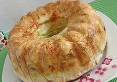 Kek Kalıbında Şeritli Börek Tarifi - Resimli Kolay Yemek Tarifleri