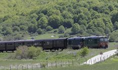 The carriages take tourists along the line from Rome to the Roccaraso ski resort in the east of Italy, passing over countless precarious viaducts. Trans Siberian Railway, Snowy Forest, Adriatic Sea, Diesel Locomotive, Back In Time, Travel News, East Coast, Rome, Rome Italy