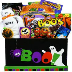 Art of Appreciation Gift Baskets Boo! To You Halloween Candy and Snacks Care Package Box --- nuff.us/wd Halloween Party Games, Halloween Costumes For Girls, Halloween Candy, Holidays Halloween, Scary Halloween, Halloween Decorations, Vintage Halloween, Halloween Gift Baskets, Gourmet Gifts