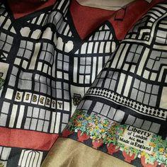 """I absolutely love this @libertylondon scarf @edburstell ♡ #happymonday #libertyoflondon #scarves #silk #love"""