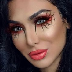 Looking for for ideas for your Halloween make-up? Browse around this site for creepy Halloween makeup looks. Halloween Spider Makeup, Halloween Makeup Looks, Easy Halloween, Spider Web Makeup, Spider Costume, Pretty Halloween, Spider Witch Makeup, Halloween Makeup Vampire, Halloween 2019