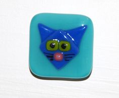 Custom Cat Cabinet Pulls in Fused Glass by Judy Macauley of Omega Glass on Etsy, $25.00. Free Shipping to U.S.