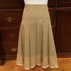 """Adoreable Zara skirt. Adoreable Zara pinstripe skirt. Coffe color with light brown and cream color pinstripes. Cream lace trim on the bottom. Fits a 6/8/10. Waist 31-1/2"""", Length 24-1/2"""". Top 4-1/2"""" are fitted, bottom 20"""" are flowy. Zara Skirts"""