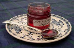 Sloe and Bramley Apple Jelly Recipe for surplus sloes - made this last week and is really tasty!