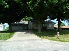 Check out this property: 306 Walnut Street Dixon, Iowa