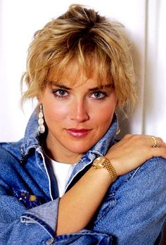 Sharon Stone: The First Modern Actress To Wear Men's Rolex Watches? Beautiful Celebrities, Beautiful Actresses, Beautiful Women, Sharon Stone Photos, Salma Hayek Pictures, Le Jolie, Hollywood Star, Gal Gadot, Timeless Beauty