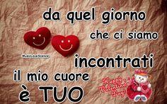 Il mio cuore è TUO…San Valentino – Musiclovesilence Italian Quotes, San Valentino, Emoticon, Biscotti, Messages, Smile, Plastering, Te Quiero, Te Amo