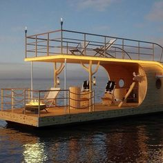 By Nautilus Modern Houseboats. Floating Hotel, Floating Boat, Floating Garden, Houseboat Living, Pontoon Houseboat, Pontoon Boats, Cool Boats, Small Boats, Party Barge