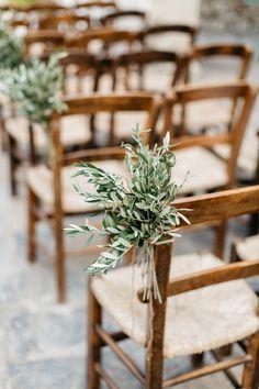 Wedding Pews, Wedding Isles, Wedding Chairs, Wedding Church Aisle, Wedding Aisle Outdoor, Aisle Flowers, Church Flowers, Floral Wedding, Wedding Flowers