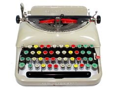 Typewriter - www.remix-numerisation.fr