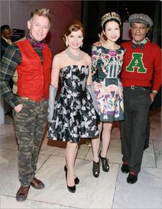 Fashion Institute of Technology. Opening of Yves Saint Laurent + Halston: Fashionistas of the 70's. Guests photo gallery.